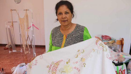 Bharati cultive l'art du macramé et du crochet