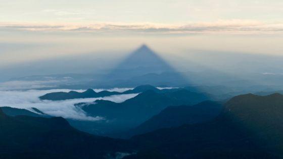 4 Minutes aux 4 Coins du Monde : Sri Lanka, le pic d'Adam, montagne sacrée, un symbole du vivre-ensemble