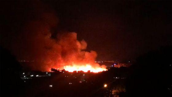 Incendie dans un champ de canne à Sodnac