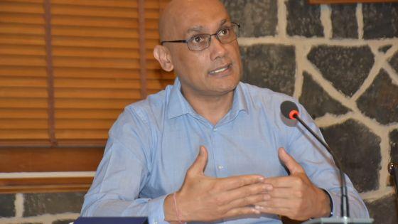 Kailesh Jagutpal : «Les résultats des tests PCR influenceront grandement nos décisions dans le futur»