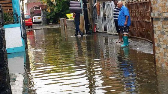 Un plan d'aide aux familles et planteurs affectés par les inondations
