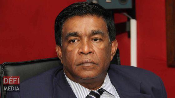 Droits d'auteur : Bruno Raya et Dr Boyzini déposent une plainte contre le ministre Roopun en Cour suprême