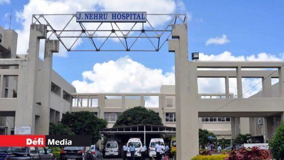 À l'hôpital Jawaharlal Nehru : du cannabis, de l'héroïne et de la drogue synthétique saisis sur un détenu