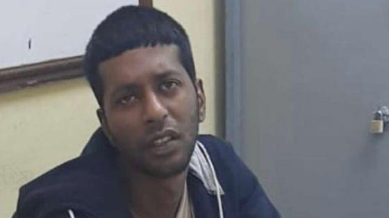 Au poste de police de Plaine-Verte : interpellé, il fait main-basse sur deux dossiers