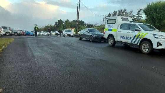 Voitures mal garées à Trou-aux-Cerfs : la police sévit depuisune semaine