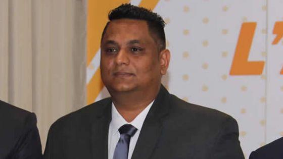 Mauritius Fire & Rescue Service : les pompiers attendent toujours berret et ceinture avec le nouveau logo