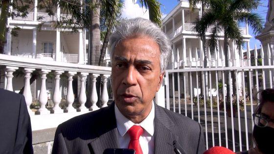Recommandations du rapport sur le redécoupage électoral : Arvind Boolell félicite l'Electoral Boundaries Commission