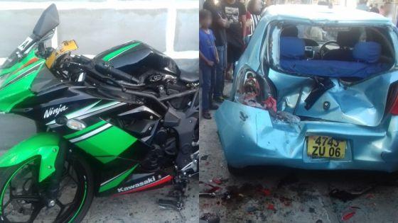 À Plaine-Verte : une moto percute trois véhicules :la scène de cette folle course capturée par des caméras CCTV