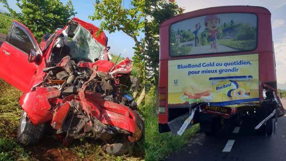 Riche-Terre : un blessé dans une collision entre un 4x4 et autobus