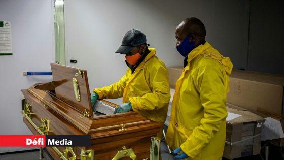L'Afrique du Sud dépasse les 10 000 morts du coronavirus