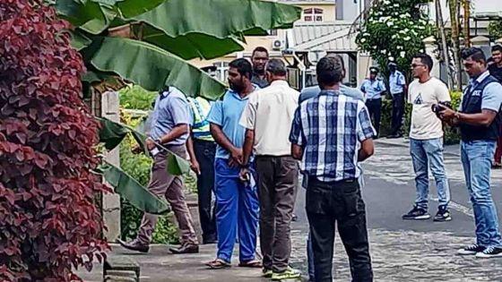 Accusé d'avoir tué sa mère, Altaaf Futloo retourne sur les lieux du crime