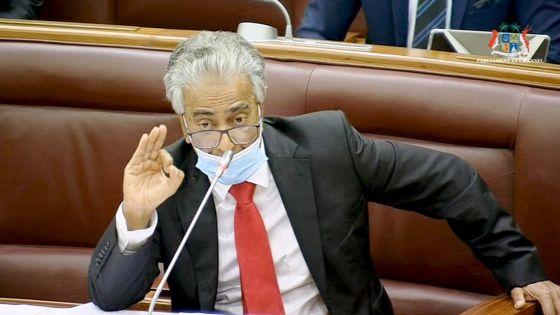 Parlement : Arvin Boolell suspendu pour les deux prochaines séances