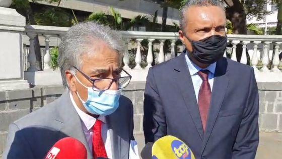Point de presse d'Arvin Boolell et de Patrick Assirvaden après leur expulsion du Parlement
