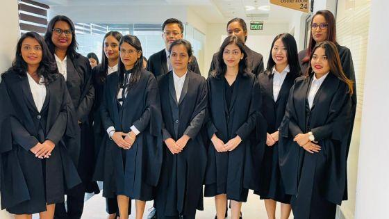 Cour suprême : onze nouveaux avoués prêtent serment