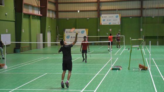 Sports : arrêt temporaire des compétitions et des entraînements