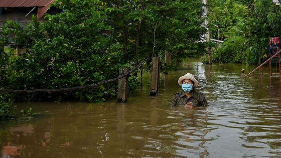 Thaïlande: des inondations font six morts et menacent Bangkok