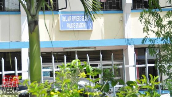 Bel-Air-Rivière-Sèche : 4 Bangladais arrêtés pour séjour illégal  à Maurice