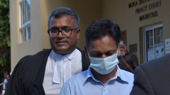 Enquête judiciaire : l'avocat de Deepak Bonomally lui aurait fait signe de ne pas répondre aux questions, selon le représentant du DPP