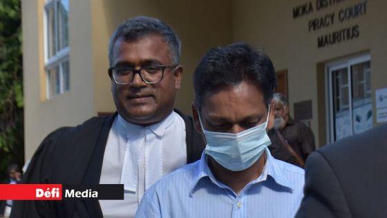 Il aurait fait signe à Deepak Bonomally en Cour lors de son audition : «Laissez la Cour faire son enquête », dit Me Ganessen Mooneesawmy