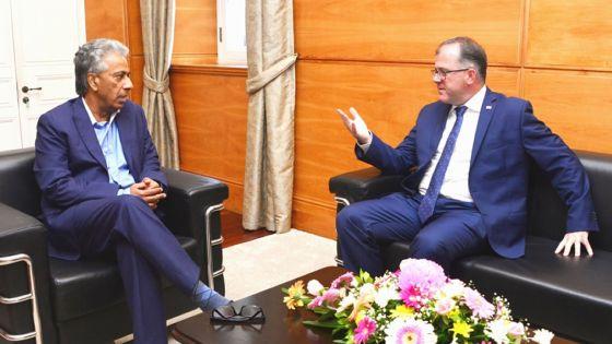 Diplomatie : Arvin Boolell rencontre Keith Allan, haut-commissaire britannique à Maurice
