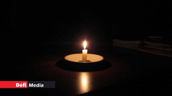 International Aids Candlelight Memorial : les Mauriciens invités à allumer une bougie ce soir pour rendre hommage aux 'frontliners'