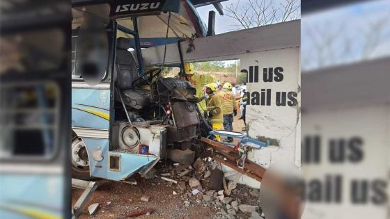 Accident ayant coûté la vie à quatre Bangladais : «Le bus n'avait pas le permis de transport de travailleurs», révèle Ganoo