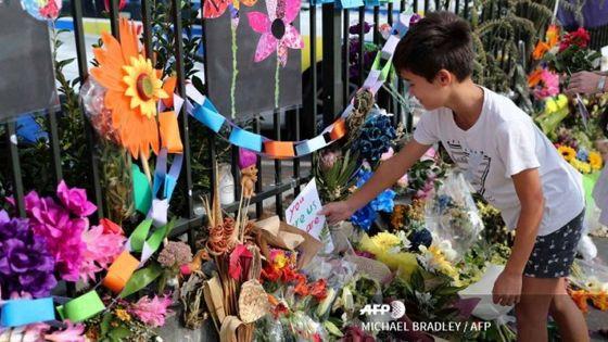 Christchurch : une semaine après, la Nouvelle-Zélande rend hommage aux victimes