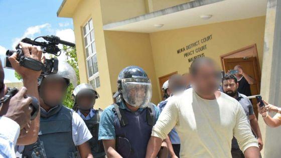 [Images] Enlèvement et séquestration d'une fillette : Satyam Goodur devant la justice sous forte escorte policière