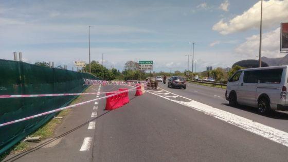 Travaux du Metro Express à St-Jean : un tuyau de la CWA endommagé provoque la fermeture temporaire de la route