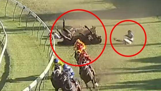 [Vidéo]Chute en course : le jockey Juglall sous respiration artificielle