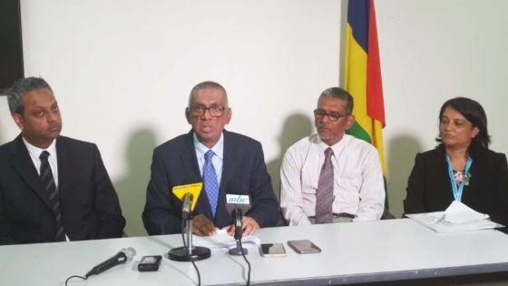 Élections villageoises : suivez en direct la conférence de presse de la Commission électorale