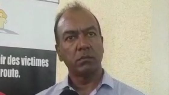 «La force policière conjugue ses efforts avec la société civile et les ONG qui œuvrent pour la sécurité routière», dit l'inspecteur Shiva Coothen du Police