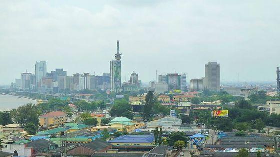 Nigeria : le directeur de l'agence anti-corruption, accusé de... corruption, suspendu
