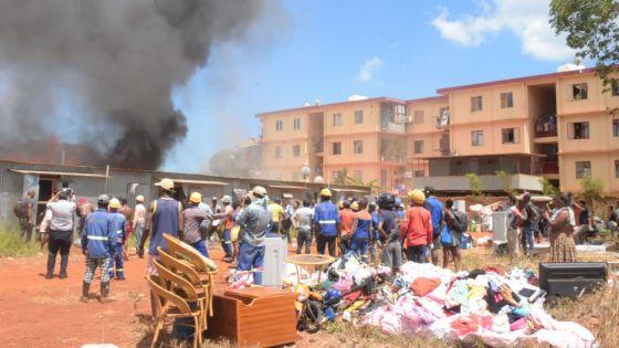 Maisons ravagées par les flammes à Cité Longère : la police soupçonne un acte criminel