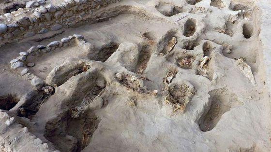 4 Minutes aux 4 Coins du Monde : Pérou, découverte du plus grand site de sacrifice rituel d'enfants