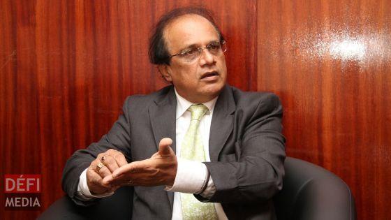 Soupçons de fuite des documents confidentiels à la Santé : les fonctionnaires trouvés coupables risquent gros, selon Me Ajay Daby