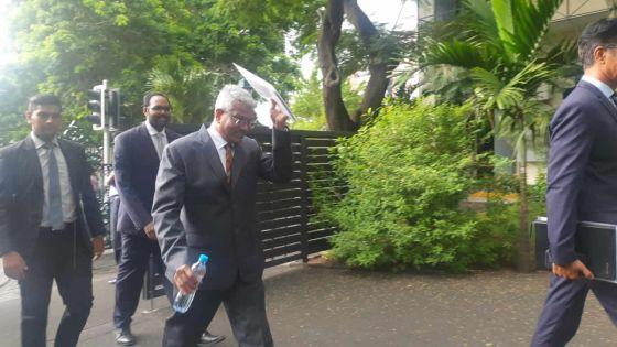 Commission d'enquête Caunhye - Dass Appadu : «Je ne savais pas pour la Platinum Card»