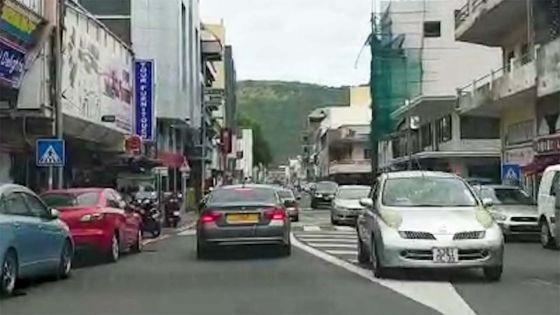 Pluies torrentielles : accalmie dans la capitale, 'business as usual' pour quelques commerces