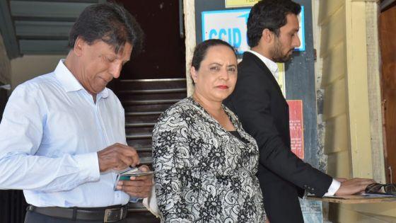 Allégations de favoritisme : Dorine Chukowry porte plainte contre Veda Baloomoody au CCID
