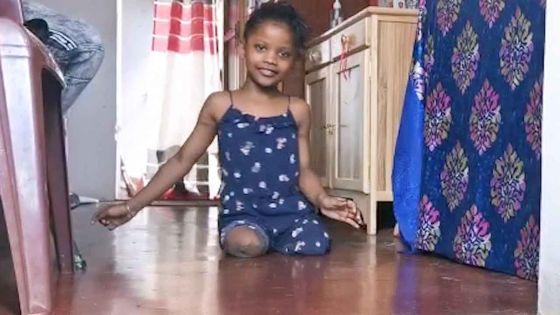 Amputée de ses deux jambes- A 8 ans, Kiara rêve d'aller à l'école