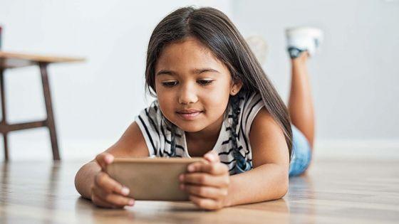 Ils sont âgés entre 5 et 11 ans : 6 enfants sur 10 utilisent un portable à Maurice