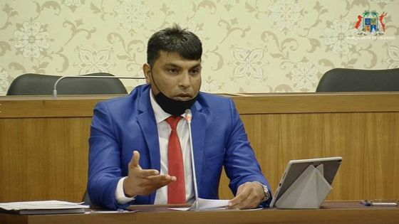 Quand le député rouge Ehsan Juman subit les foudres du Speaker