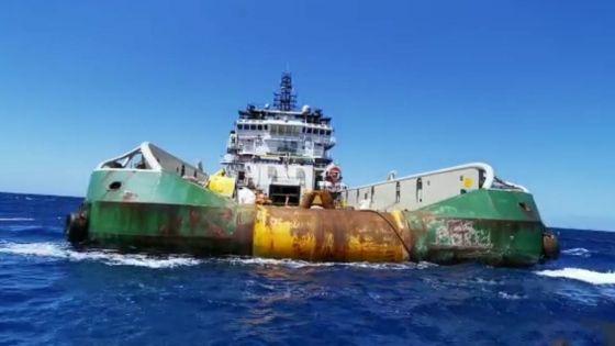 Exercice de pompage à bord du Sir Gaëtan : environ 41 mètres m3 d'hydrocarbures extraits de l'épave
