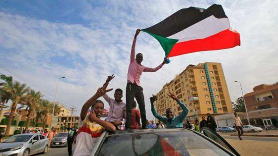 4 Minutes aux 4 Coins du Monde : Soudan, l'accord entre l'armée et la contestation ouvre la voie à une sortie de crise