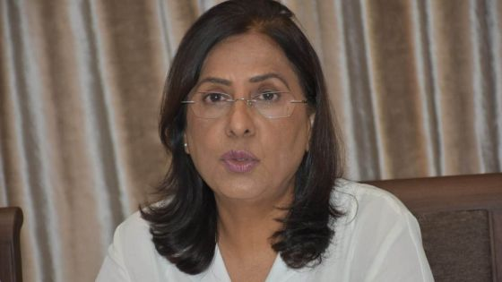 Visites médicales à domicile : le service de 250 médecins additionnels retenu, indique la ministre Fazila Daureeawoo-Jeewa