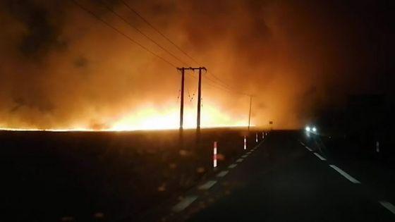 Mont-Choisy : incendie dans un champ de canne, prudence sur la route