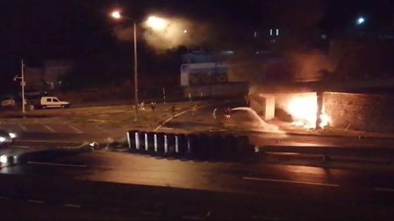 Un mort dans un accident à Montagne-Ory : une voiture finit sa course contre un mur et prend feu