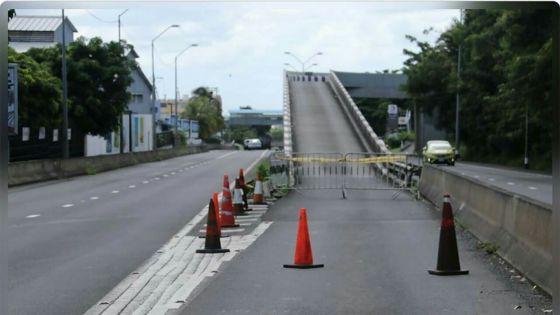 A Bell Village : de la drogue et plus de Rs 205 000 saisies lors d'un barrage routier