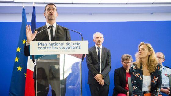 4 Minutes aux 4 Coins du Monde : France, le gouvernement lance un plan anti-drogue avec 55 mesures