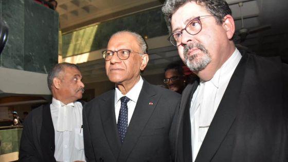 Accusations rayées dans l'affaire Roches-Noires : le DPP a 21 jours pour faire appel, selon Me Gavin Glover